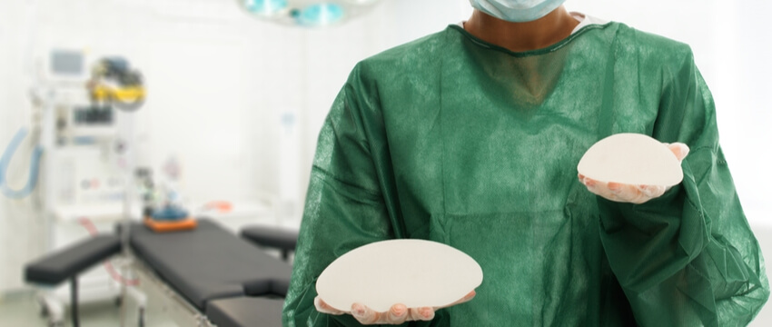 Pros and Cons of Breast Implants
